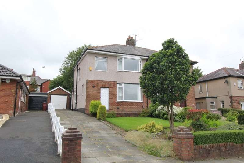 3 Bedrooms Semi Detached House for sale in Ladbrooke Grove, Burnley, BB11