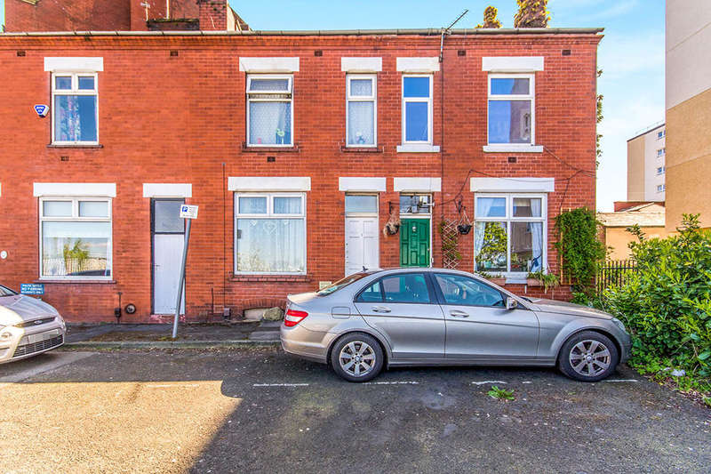 2 Bedrooms Terraced House for sale in Bowdon Street, Stockport, SK3