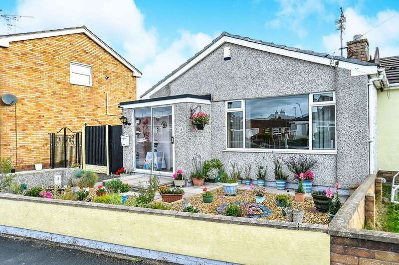 2 Bedrooms Semi Detached Bungalow for sale in Llys Madoc, Towyn, Abergele, LL22