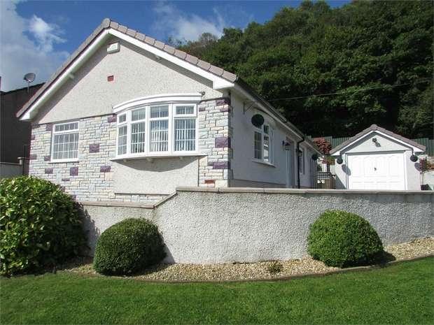 2 Bedrooms Detached Bungalow for sale in Drymau Park, Skewen, Neath, West Glamorgan