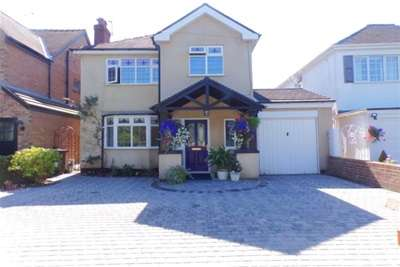 4 Bedrooms Detached House for rent in Phillips Lane, Formby