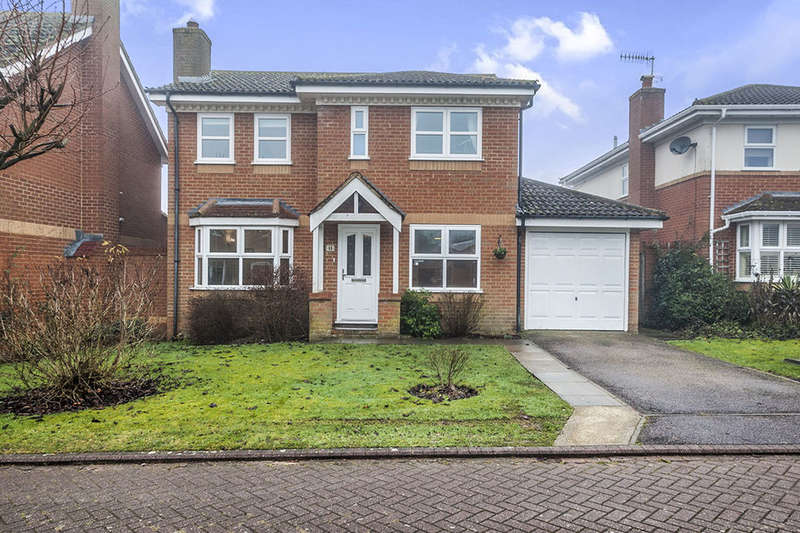 4 Bedrooms Detached House for sale in Autumn Glades, Leverstock Green, Hemel Hempstead, HP3