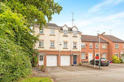 3 Bedrooms Terraced House for sale in Halford Grove, Hatton Park, Warwick, .