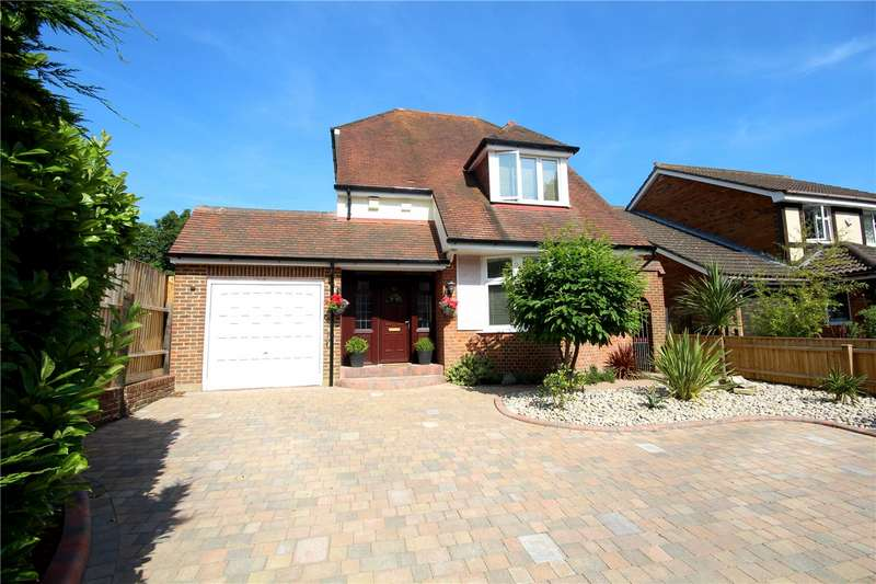 3 Bedrooms Detached House for sale in Cliff Drive, Canford Cliffs, Poole, Dorset, BH13