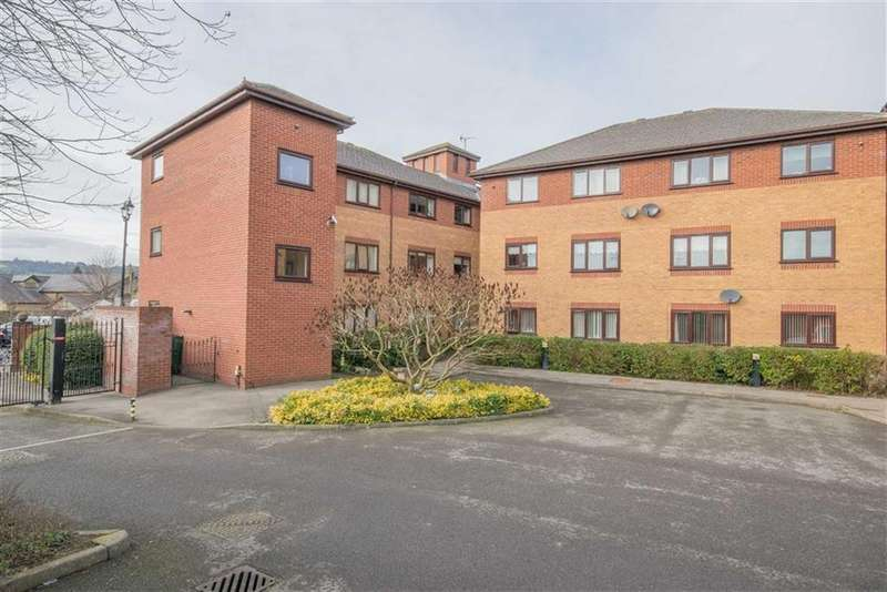 2 Bedrooms Flat for sale in Llys Yr Efail, Mold, Mold