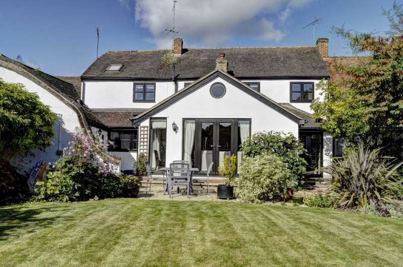 4 Bedrooms Link Detached House for sale in Haddenham