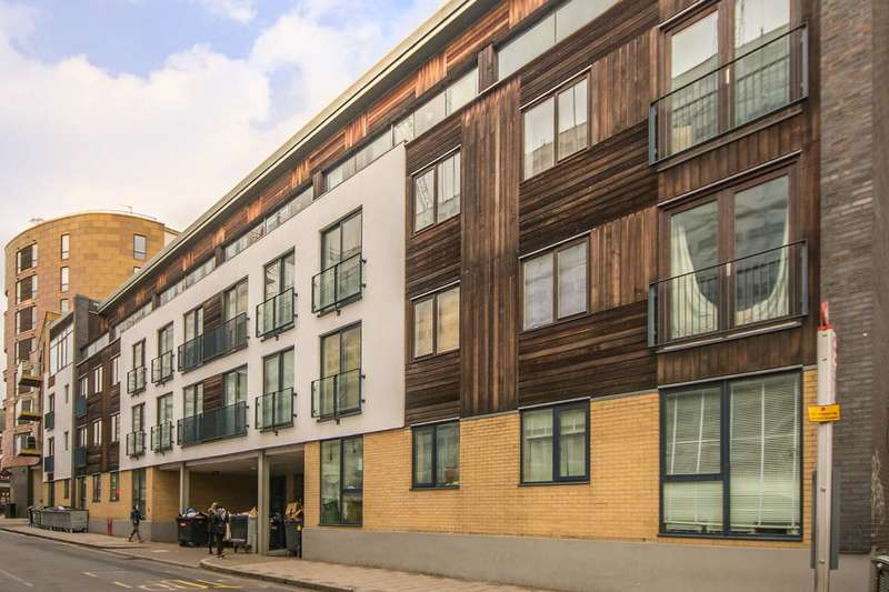 2 Bedrooms Flat for sale in Banister Road, Kensal Rise, W10