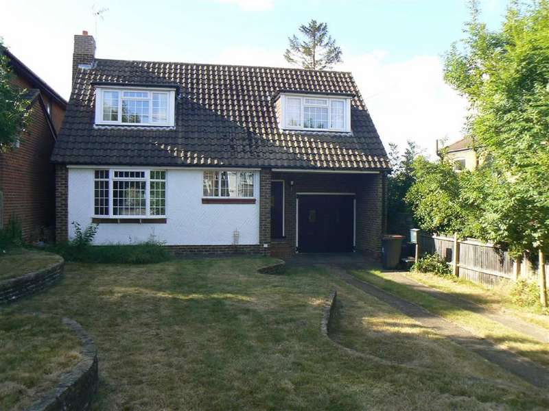 3 Bedrooms Detached House for sale in Glentrammon Road, Green Street Green