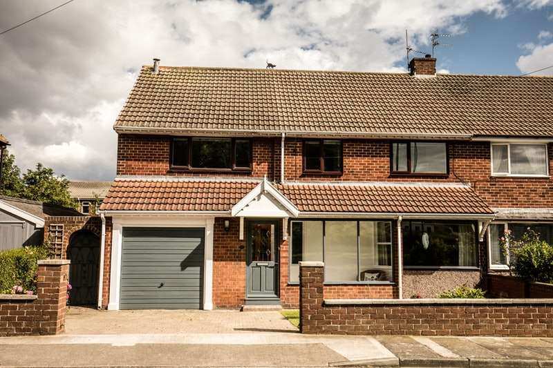 4 Bedrooms Semi Detached House for sale in Stockton Road, Sunderland, Tyne and Wear, SR2
