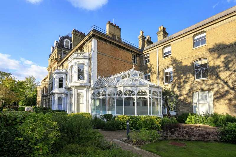 2 Bedrooms Apartment Flat for sale in Langdon Park, Teddington, TW11
