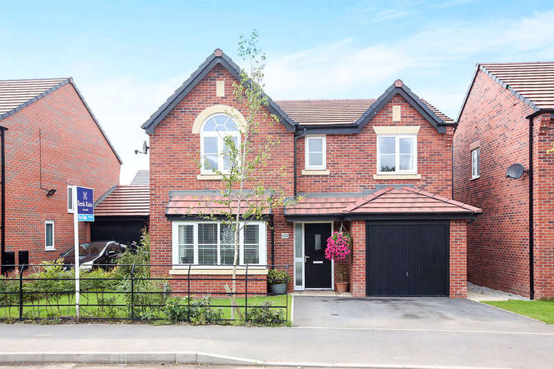 4 Bedrooms Detached House for sale in Warmingham Lane, Middlewich, CW10