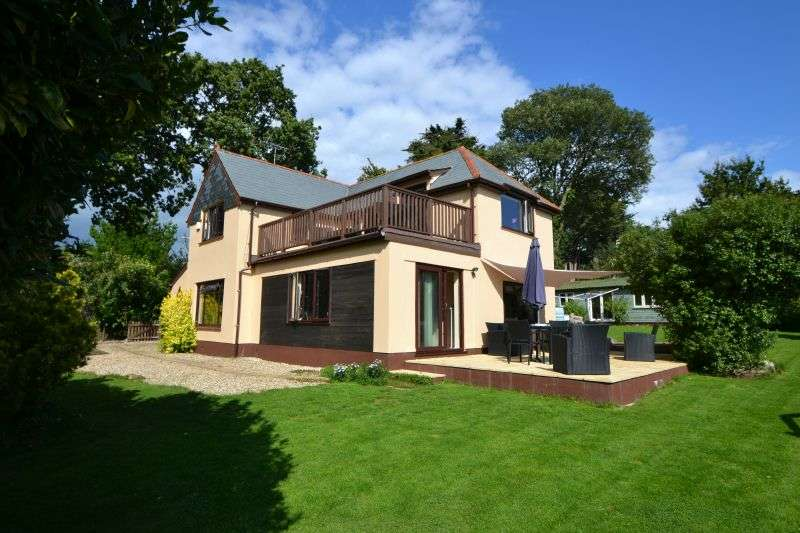 4 Bedrooms Detached House for sale in EXMOUTH ROAD, EXTON, EXETER, DEVON