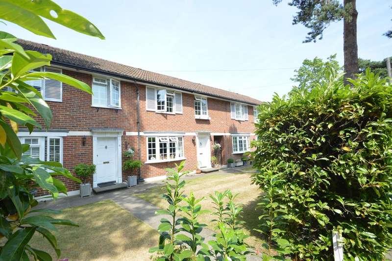 2 Bedrooms Terraced House for sale in Gower Lodge, Weybridge KT13