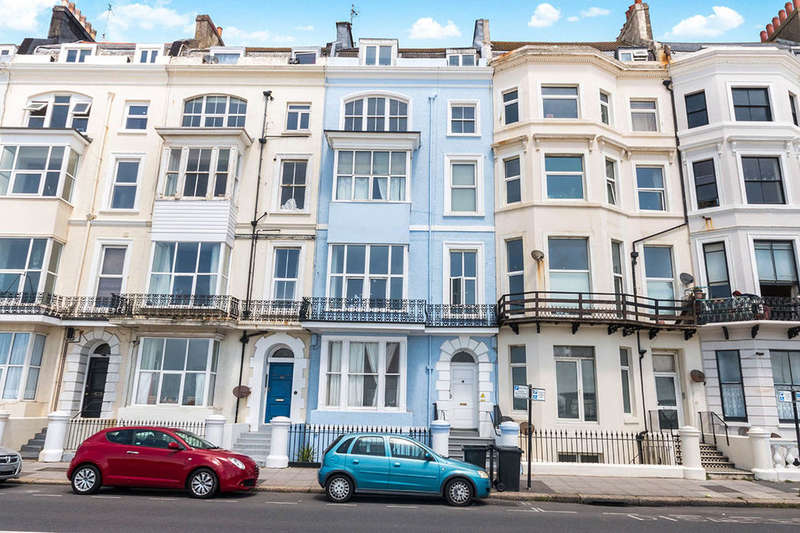 2 Bedrooms Flat for sale in Eversfield Place, St. Leonards-On-Sea, TN37