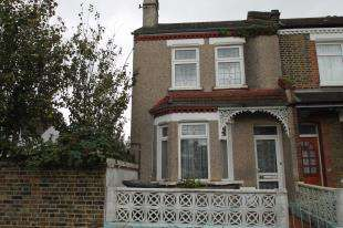 3 Bedrooms End Of Terrace House for sale in Old Road, Lewisham