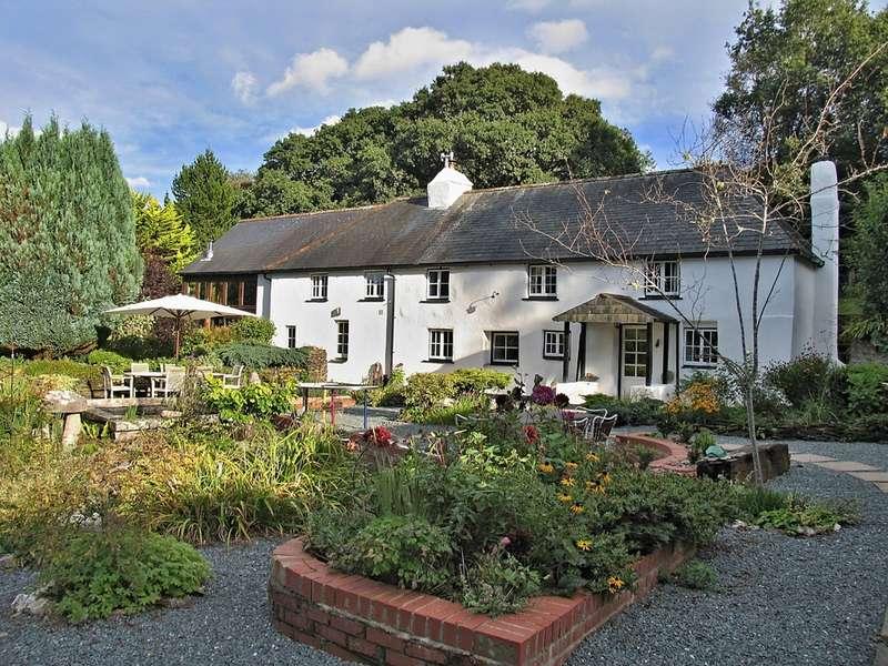 4 Bedrooms Detached House for sale in Murtwell, Totnes TQ9