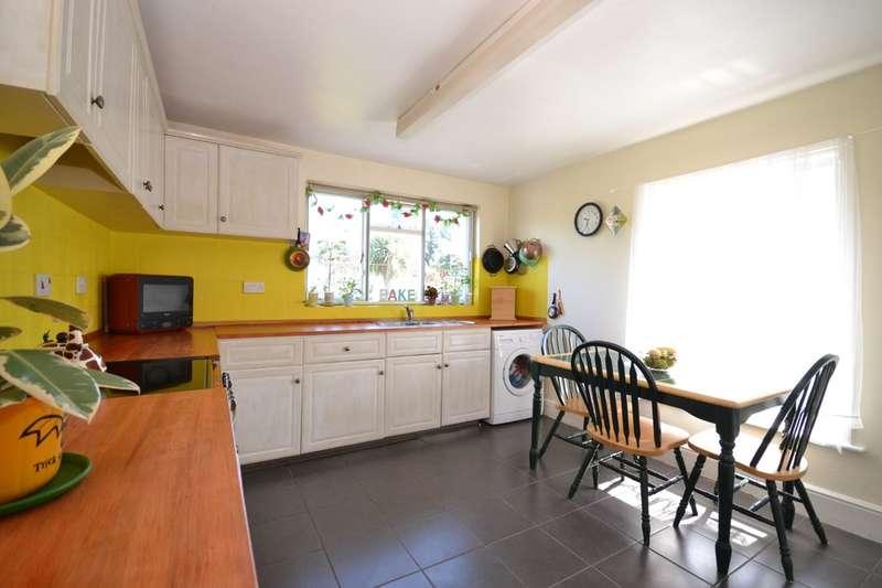 3 Bedrooms Maisonette Flat for sale in Castle Road, Carisbrooke, Isle Of Wight