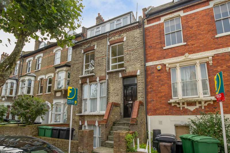 3 Bedrooms Maisonette Flat for sale in Iverson Road, West Hampstead, NW6