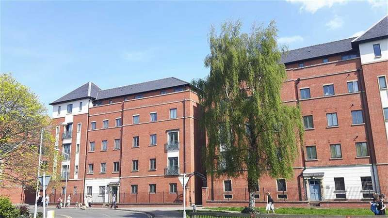 1 Bedroom Apartment Flat for sale in Winchester House, The Square, Chester