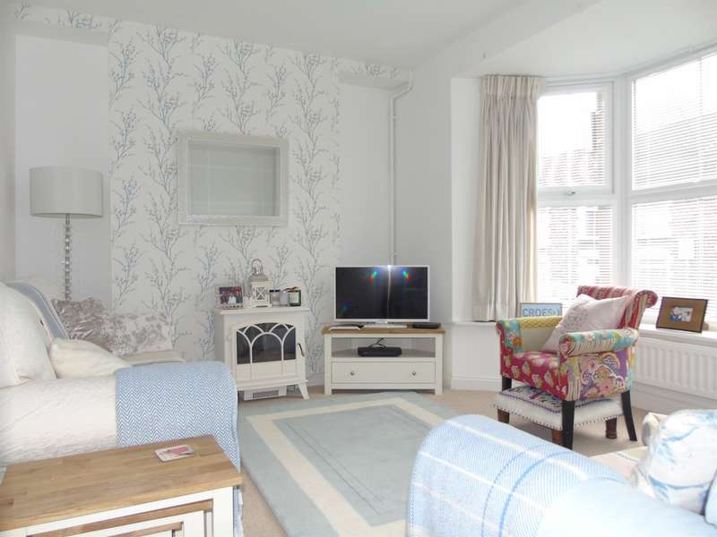 3 Bedrooms Terraced House for sale in Pencerrig Street, Pontypridd