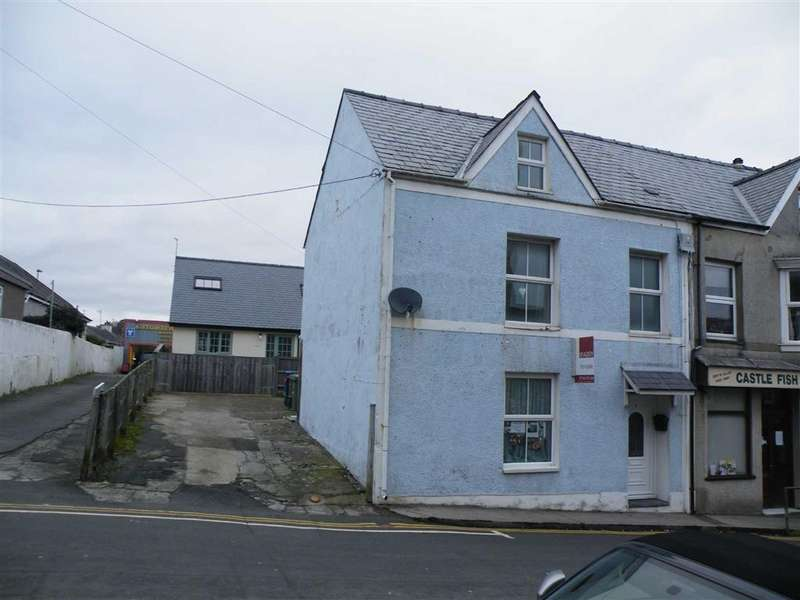 5 Bedrooms Semi Detached House for sale in Castle Street, Criccieth, Gwynedd