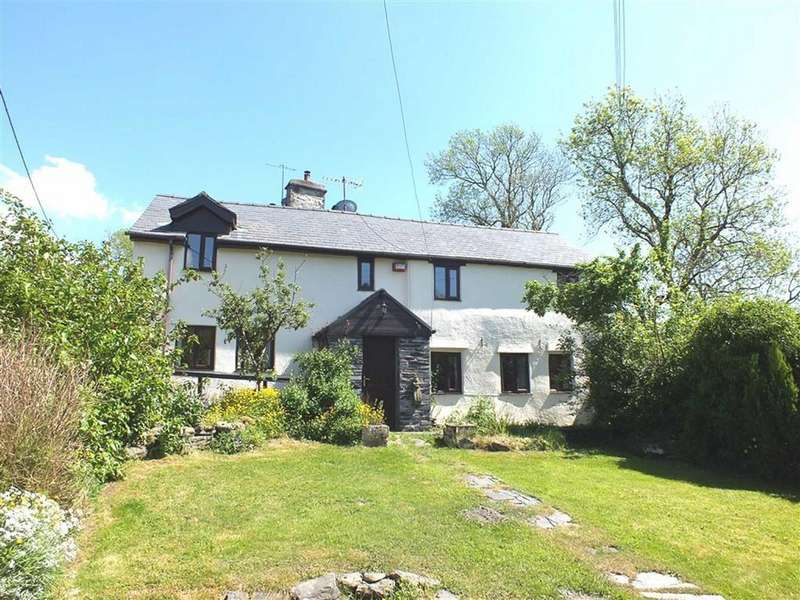3 Bedrooms Cottage House for sale in Cae Llwyd Bach, Penmachno, Conwy