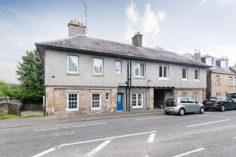 2 Bedrooms Ground Flat for sale in Milton Bridge, Penicuik, EH26 0RD