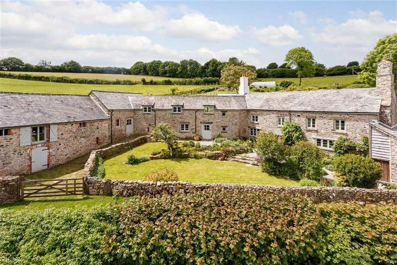 5 Bedrooms Detached House for sale in Holne, Devon, TQ13