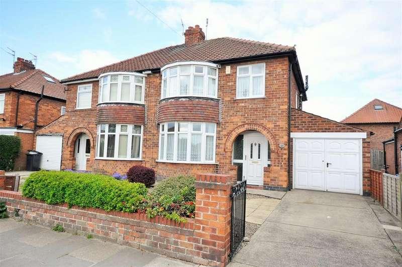 3 Bedrooms Semi Detached House for sale in Thirkleby Way, Osbaldwick, York
