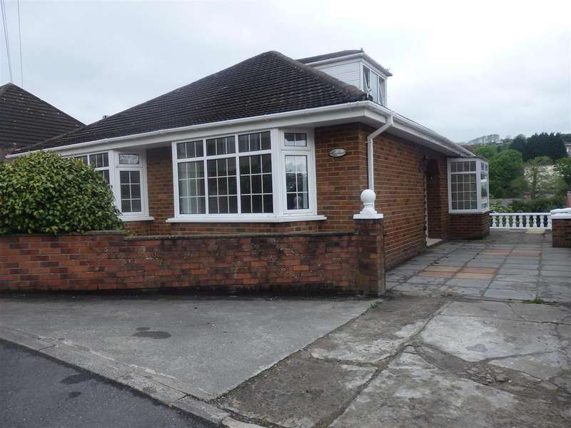 3 Bedrooms Detached Bungalow for sale in Pen Yr Heol Drive, Llanelli