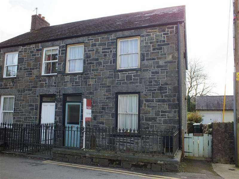 4 Bedrooms Semi Detached House for sale in Talybont Road, Llanrwst