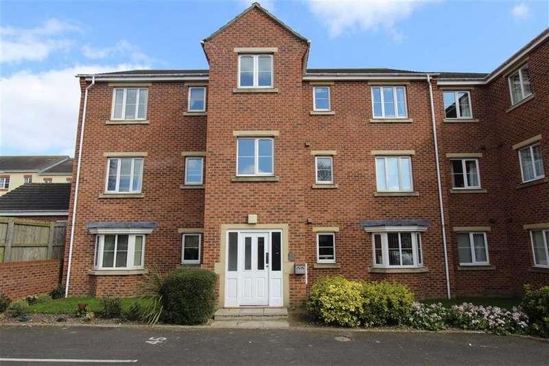 2 Bedrooms Flat for sale in Neptune Drive, Bridlington, East Yorkshire, YO16