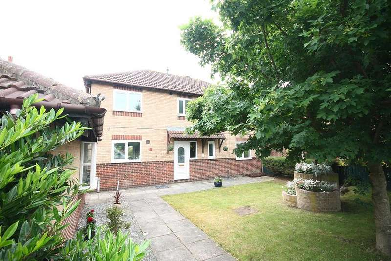 4 Bedrooms Detached House for sale in Washford Close, Ingleby Barwick, Stockton-On-Tees