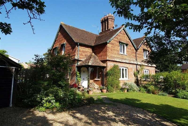 3 Bedrooms Semi Detached House for sale in Combe Lane, Godalming, Surrey, GU8