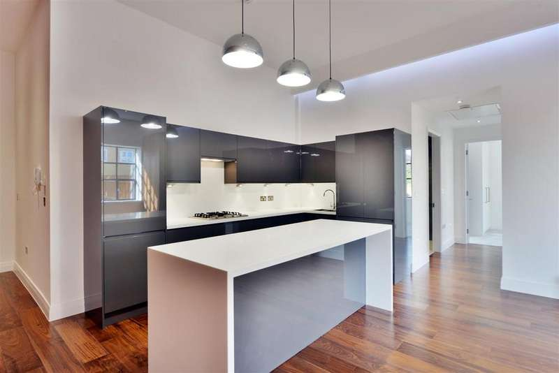 2 Bedrooms Apartment Flat for sale in The Lofts, NW7