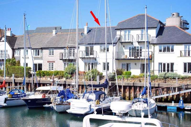 2 Bedrooms Terraced House for sale in Port Pendennis, Falmouth, Cornwall, TR11