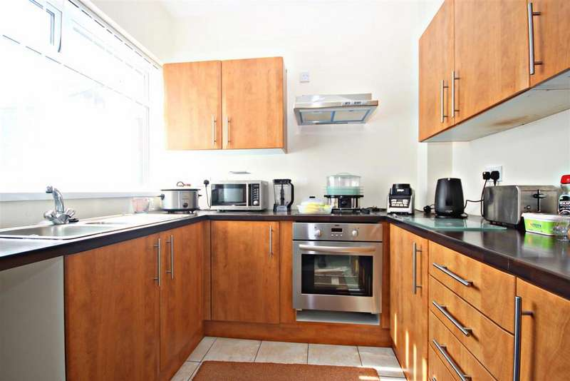 3 Bedrooms Terraced House for sale in Roseberry Street, Beamish, Stanley