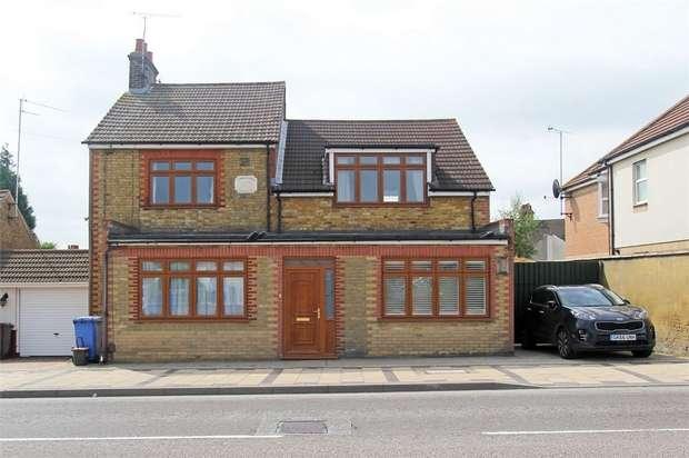 4 Bedrooms Detached House for sale in Staplehurst Road, Sittingbourne, Kent
