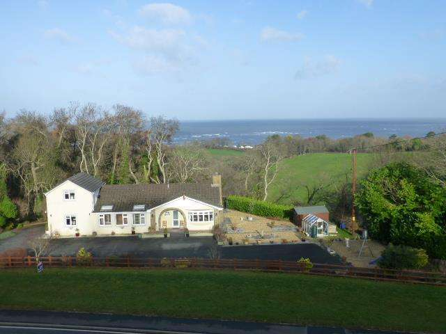 4 Bedrooms House for sale in Gilfachreda, New Quay