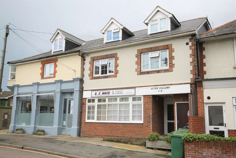 1 Bedroom Flat for sale in Totland Bay, Isle of Wight