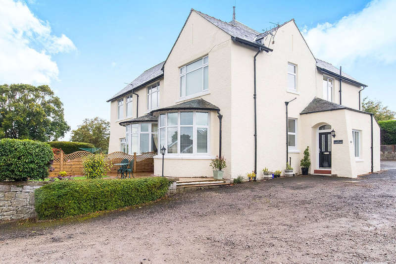 2 Bedrooms Flat for sale in Cardrona Court, Grange-Over-Sands, LA11
