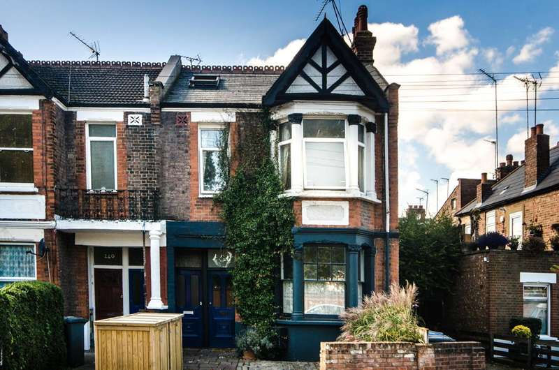 2 Bedrooms Maisonette Flat for sale in Roundwood Road, Willesden, NW10