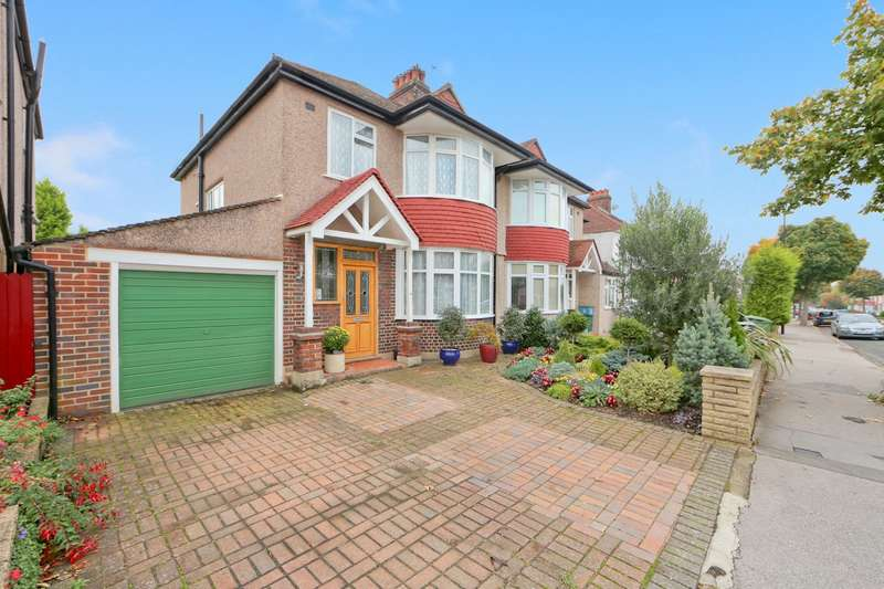 3 Bedrooms Semi Detached House for sale in Oak Avenue, Shirley, Croydon, CR0