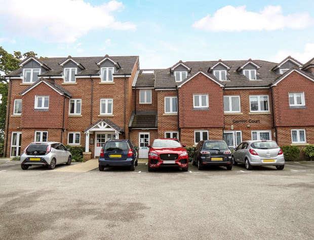 1 Bedroom Retirement Property for sale in Vicarage Lane, Hailsham, BN27