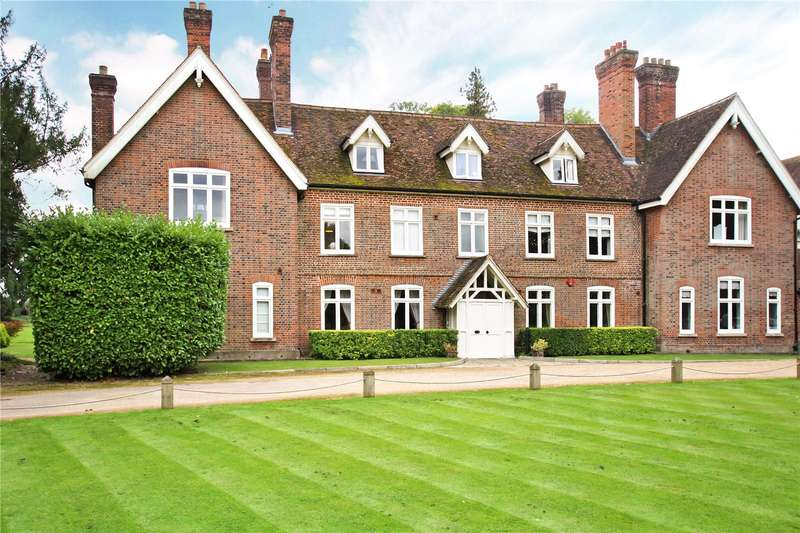 2 Bedrooms Flat for sale in Astwick Manor, Coopers Green Lane, Hatfield, Hertfordshire, AL10