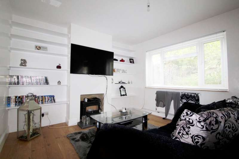 2 Bedrooms End Of Terrace House for rent in Hawkhurst Road, Coldean
