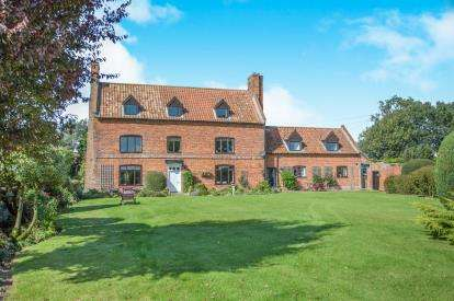 Equestrian Facility Character Property for sale in Hilborough, Thetford