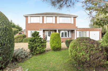 4 Bedrooms Detached House for sale in West Lynn, Kings Lynn, Norfolk