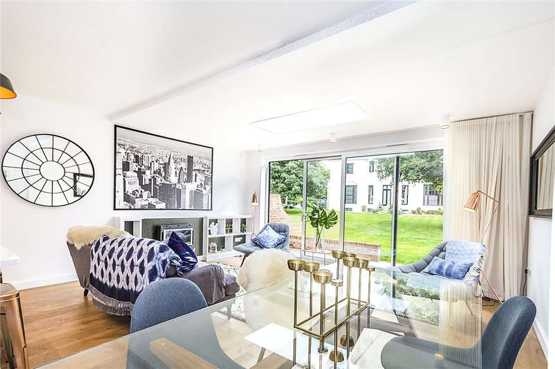 5 Bedrooms Terraced House for sale in Hutton Mews, London, SW15