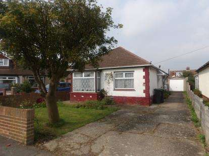 2 Bedrooms Bungalow for sale in Gosport, Hampshire, .